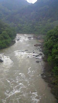 濁流の保津峡